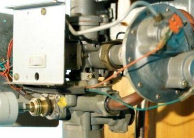 Reparación de calentador automático a gas propano
